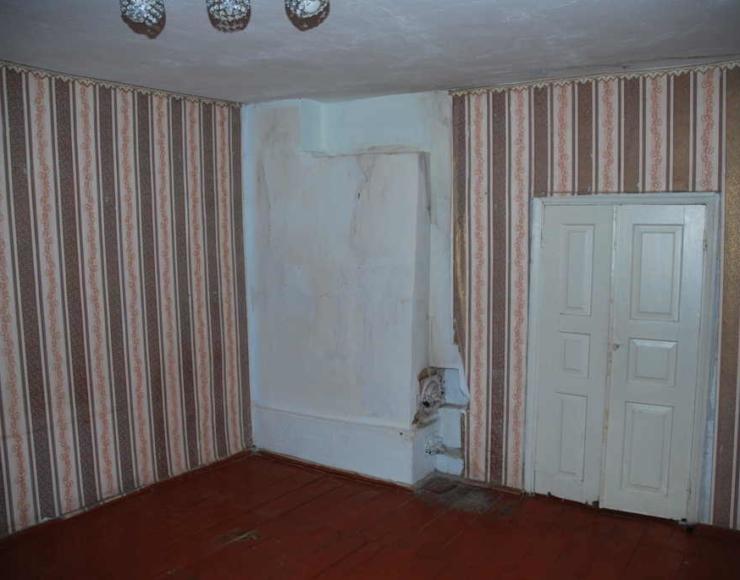 Продам будинок з шлакоблоку на два входи в районі бровара