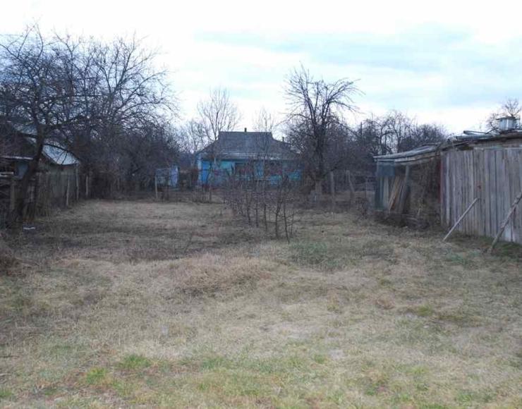 Терміново продається будинок з садом 8 соток землі