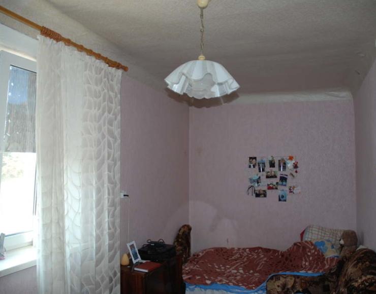 Продається 2-х кімнатна квартира з меблями та електро-побутовою технікою