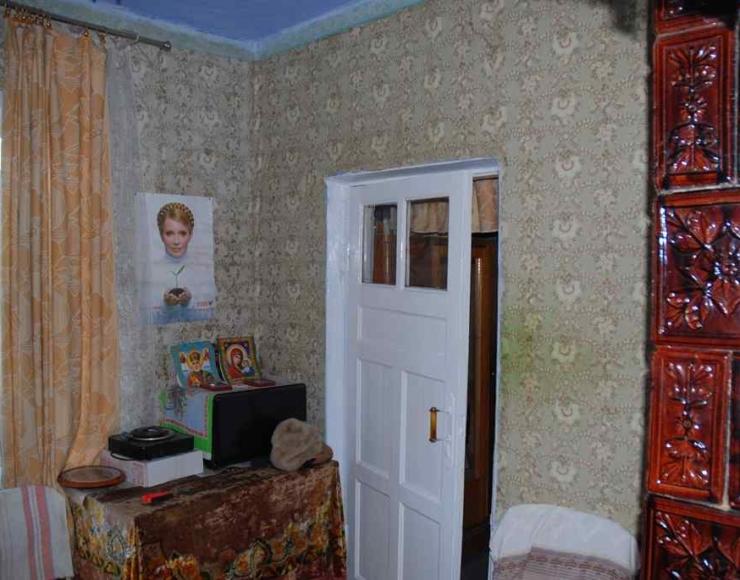 Продам недорого цегляний будинок в районі Нової Пошти №1
