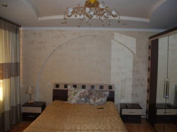 Продам 1,5 поверховий кирпичний будинок, газовий та твердопаливний котел