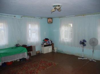 Продам будинок с. Кинашів: літня кухня, криниця, конверторне опалення