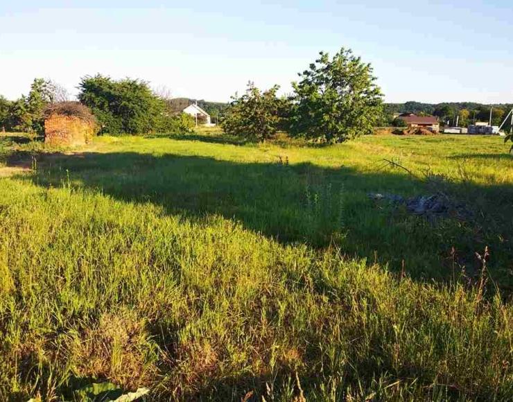 Продам земельну ділянку з технічною документацією на побудову